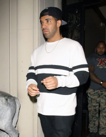 Drake Dines Out At Mastro's Steakhouse