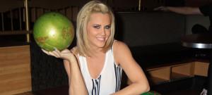 jenny-mccarthy-bowling