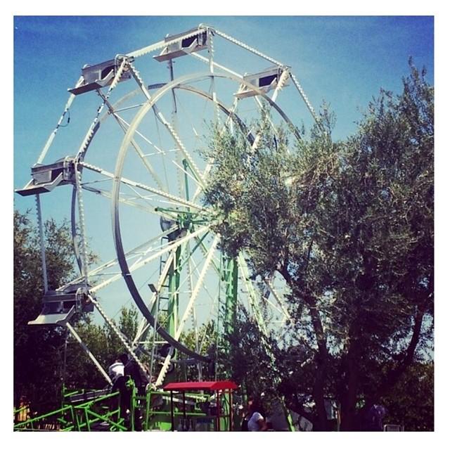 kardashian-ferris-wheel