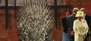 queen-elizabeth-iron-throne