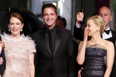 robert-pattinson-to-the-stars