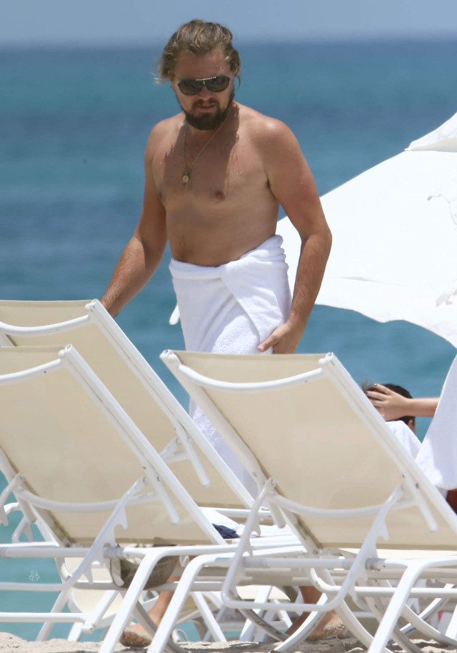 Leonardo DiCaprio Spends The Day At The Beach | 185220