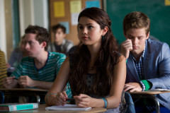 selena-gomez-behaving-badly