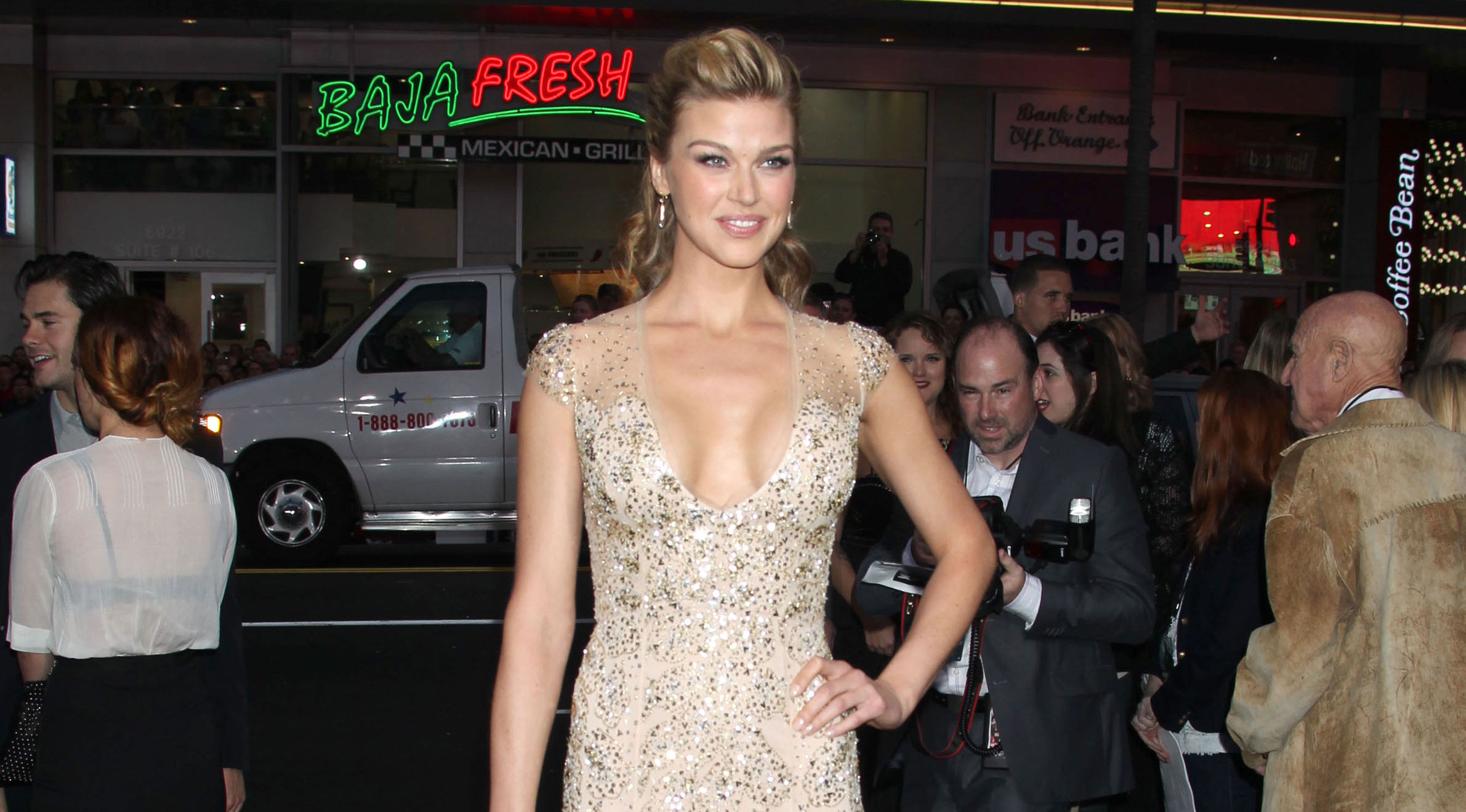adrianne palicki will play mockingbird in 39 agents of s h i e l d 39 the blemish. Black Bedroom Furniture Sets. Home Design Ideas