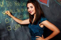 alison-brie-chalkboard