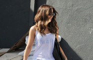 Kate Beckinsale Leaves Lunch Out The Back Door