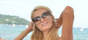 Paris Hilton Performs A DJ Set In Saint-Tropez