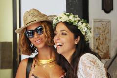 Beyonce & Jay-Z Crash A Wedding In Portofino