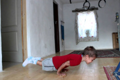 child-pushup