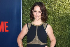 jennifer-love-hewitt-cbs