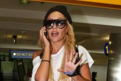 Troubled Amanda Bynes Returns To Los Angeles