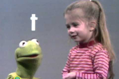 Sesame-Street-Kermit-and-Joey-Say-the-Alphabet
