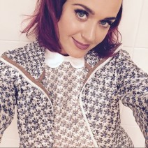Katy Perry New Hair Color 01