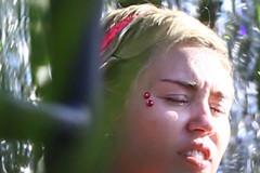 Miley Cyrus Paris Hilton Make Out