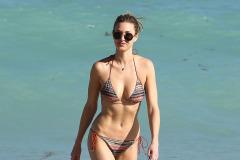 Whitney Port Shows Off Her Bikini Body