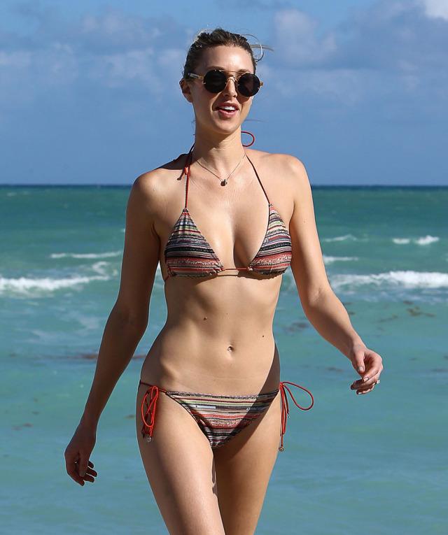 Whitney Port Bikini Bilder