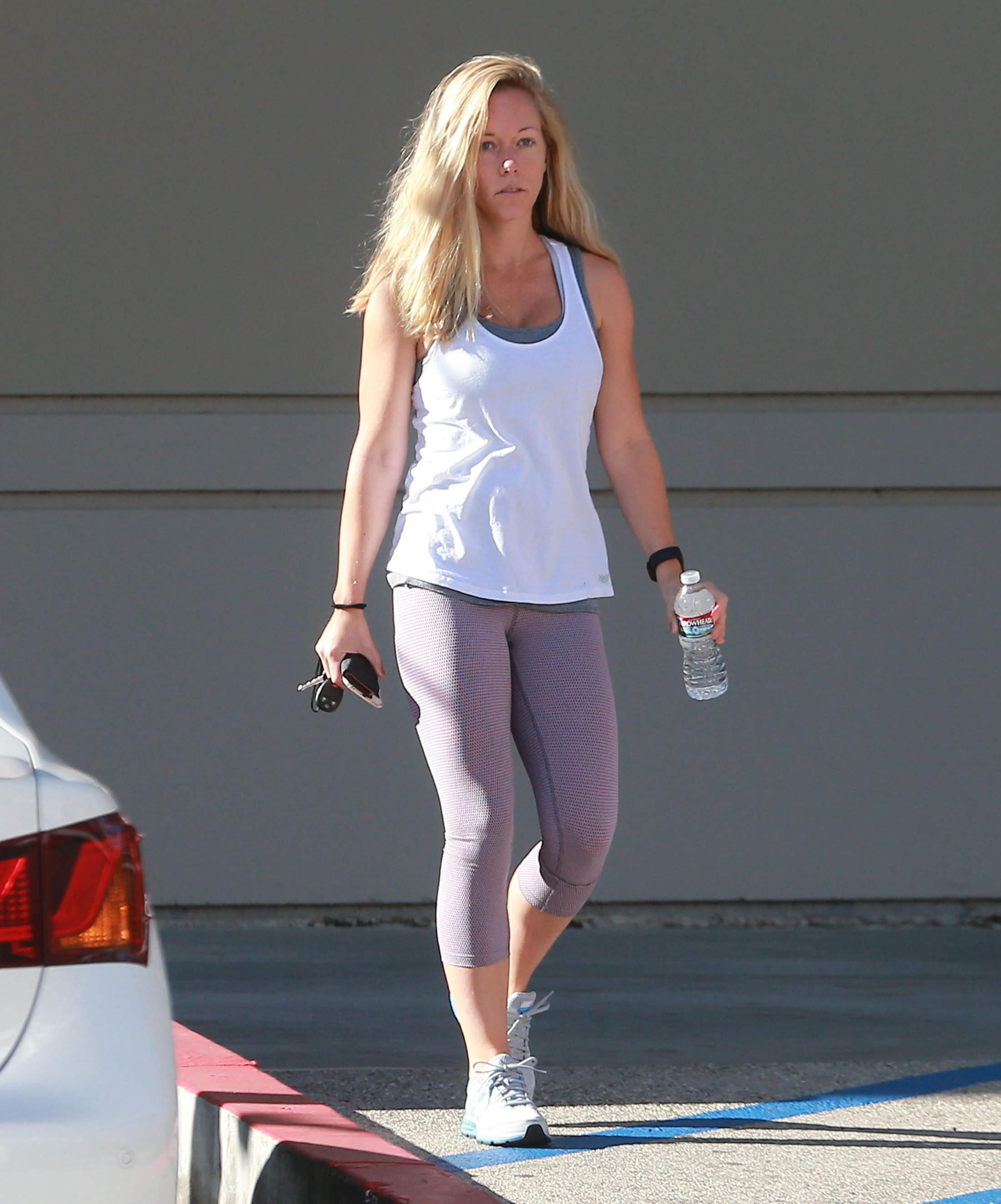 Kendra Wilkinson: Barefaced Beauty Kendra Wilkinson Hits The Gym