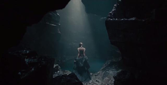 mysterious woman avengers ultron trailer