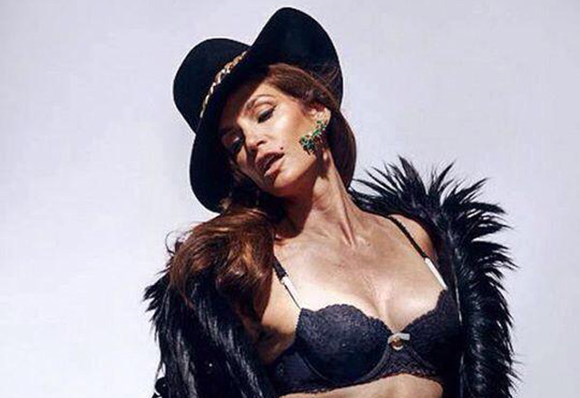 Cindy crawford hot photos-9179