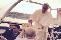 Pope Gets Pizza in Popemobile