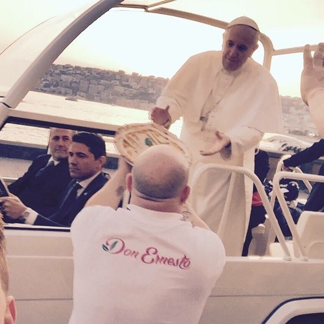 Pope Gets Pizza in Popemobile