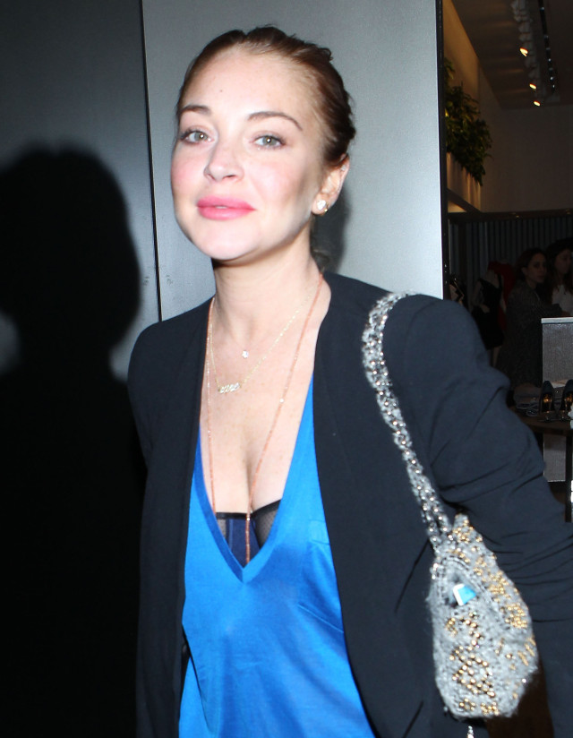 Exclusive... Lindsay Lohan Shopping At Intermix