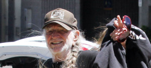 Willie Nelson Arriving In Maui