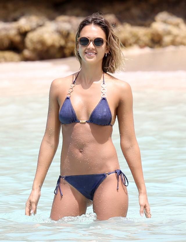 Jessica Alba Bikini Bodies Pic 1 of 35