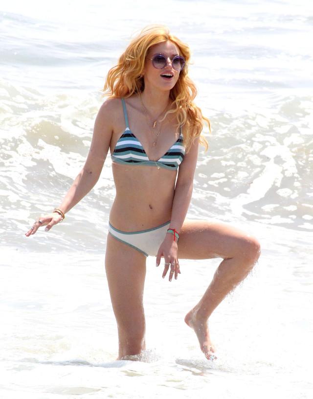 Bella Thorne Shows Off Her Bikini Body In Malibu   195108   Photos ...