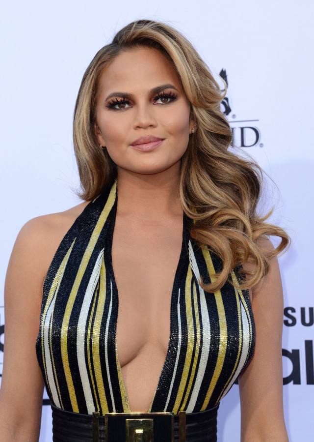 51745397 Celebrities attend the 2015 Billboard Music Awards at MGM Garden Arena on May 17, 2015 in Las Vegas, Nevada.  Celebrities attend the 2015 Billboard Music Awards at MGM Garden Arena on May 17, 2015 in Las Vegas, Nevada.  Pictured: Chrissy Teigen FameFlynet, Inc - Beverly Hills, CA, USA - +1 (818) 307-4813 RESTRICTIONS APPLY: NO FRANCE