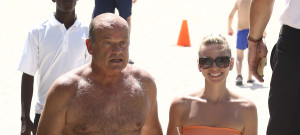 "Exclusive... 51783341 ""Boss"" star Kelsey Grammer and his wife Kayte enjoy refreshing coconuts as they take a dip in the ocean while vacationing on June 26, 2015 in Miami, Florida. The pair shared a romantic kiss in the waves before heading back to their hotel. FameFlynet, Inc - Beverly Hills, CA, USA - +1 (818) 307-4813"