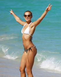 51682083 Model Rachel Hilbert shows off her bikini body while enjoying a beach day in Miami, Florida with a mystery man and friends on March 16, 2015. Rachel is soaking up the Miami sun after celebrating her birthday this past weekend with famous friends Cody Simpson and Gigi Hadid. FameFlynet, Inc - Beverly Hills, CA, USA - +1 (818) 307-4813