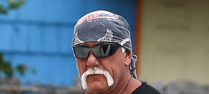 51808323 Wrestling legend Hulk Hogan and his wife Jennifer McDaniel stop by a gym for a workout in Miami, Florida on July 25, 2015. The WWE has terminated Hulk's contract and removed all mention him after it was revealed that Hulk made some racist comments on a video 8 years ago. FameFlynet, Inc - Beverly Hills, CA, USA - +1 (818) 307-4813