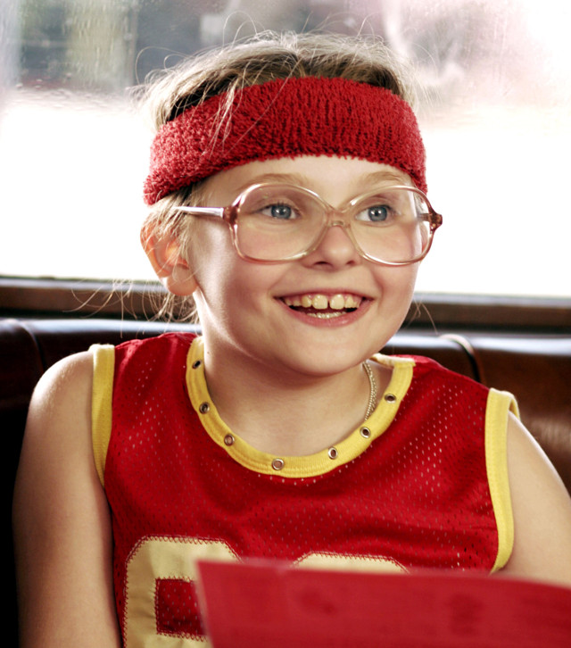 LITTLE MISS SUNSHINE, Abigail Breslin, 2006. ©Fox Searchlight/courtesy Everett Collection    FILM STILL