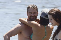 Gerard Butler & Morgan Brown Pack On The PDA In Malibu