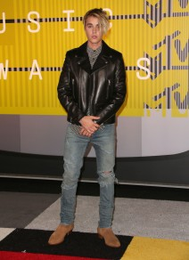 51837206 The 2015 MTV Video Music Awards held at Microsoft Theater  in Los Angeles, California on 8/31/15 The 2015 MTV Video Music Awards held at Microsoft Theater  in Los Angeles, California on 8/31/15 Justin Bieber FameFlynet, Inc - Beverly Hills, CA, USA - +1 (818) 307-4813