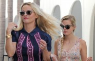 "51835028 ""Hot Pursuit"" star Reese Witherspoon leaves her office with her lookalike daughter Ava on August 28, 2015 in Beverly Hills, California. Reese showed off her Southern hospitality this past Wednesday when she posted a picture of the cupcakes she brought to Taylor Swift ahead of her concert at Staples Center. ""What do you get a multitalented performer, who is funny, sweet and smart ? #Catcakes. That's what. ""#AlwaysBringAGift."" FameFlynet, Inc - Beverly Hills, CA, USA - +1 (818) 307-4813"