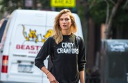 51840548 Model Karlie Kloss is spotted out and about in New York City, New York on September 3, 2015. Karlie was showing some love to fellow model Cindy Crawford during her outing. FameFlynet, Inc - Beverly Hills, CA, USA - +1 (818) 307-4813