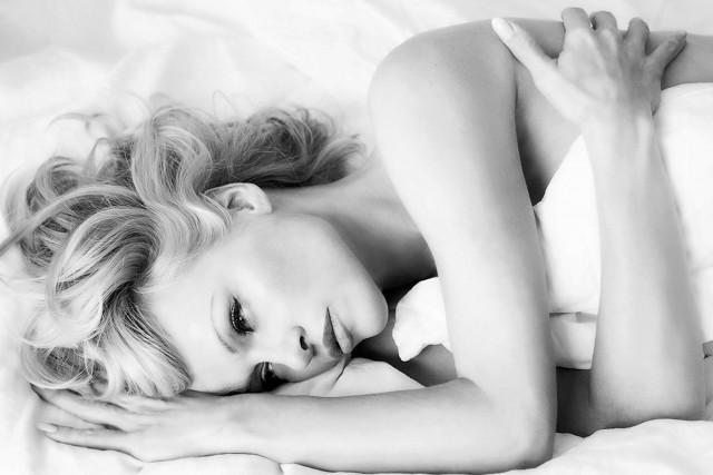 Pamela Anderson FHM Magazine Cover