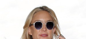 51878831 Celebrities traveling via LAX Airport on October 14, 2015.  Celebrities traveling via LAX Airport on October 14, 2015.  Pictured: Kate Hudson FameFlynet, Inc - Beverly Hills, CA, USA - +1 (818) 307-4813