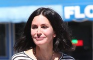 "51852716 Actress and busy mom Courteney Cox is seen shopping for rugs in West Hollywood, California on September 17, 2015. Courteney recently told People about her upcoming wedding: ""We don't have any plans at the moment. We don't have any firm decisions yet. But it's fun thinking about it and figuring out what to do and when to do it."" FameFlynet, Inc - Beverly Hills, CA, USA - +1 (818) 307-4813"