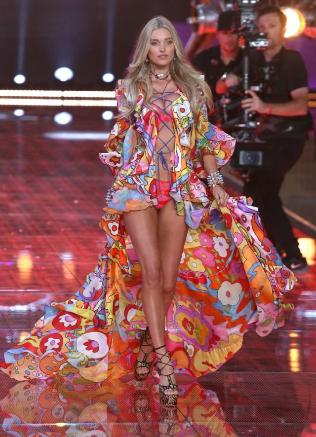 2015 Victoria 39 S Secret Fashion Show Runway 201326