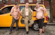 2016-nyc-taxi-drivers-calendar-02