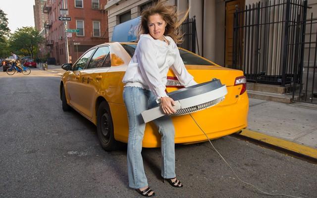 2016-nyc-taxi-drivers-calendar-04