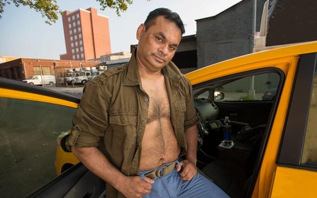 2016-nyc-taxi-drivers-calendar-13