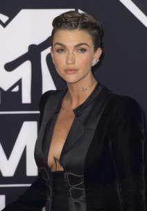51888953 Celebrities attend the MTV EMA's 2015 at Mediolanum Forum on October 25, 2015 in Milan, Italy.  Celebrities attend the MTV EMA's 2015 at Mediolanum Forum on October 25, 2015 in Milan, Italy.  Pictured: Ruby Rose FameFlynet, Inc - Beverly Hills, CA, USA - +1 (818) 307-4813 RESTRICTIONS APPLY: USA ONLY
