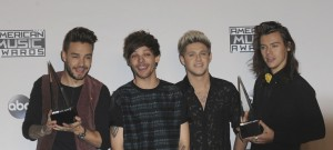 51916102 The 2015 American Music Awards Photo Press Room held at The Microsoft Theater in Los Angeles, California on 11/23/15 The 2015 American Music Awards Photo Press Room held at The Microsoft Theater in Los Angeles, California on 11/23/15 One Direction FameFlynet, Inc - Beverly Hills, CA, USA - +1 (310) 505-9876