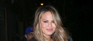 51985662 Celebs At 'The Daily Show with Trevor Noah' In New York City, New York on March 2, 2016. Celebs At 'The Daily Show with Trevor Noah' In New York City, New York on March 2, 2016.  Pictured: Chrissy Teigen FameFlynet, Inc - Beverly Hills, CA, USA - +1 (310) 505-9876