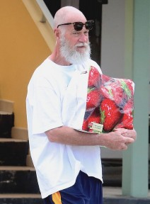 Barely Recognizable David Letterman Shopping In St. Barts