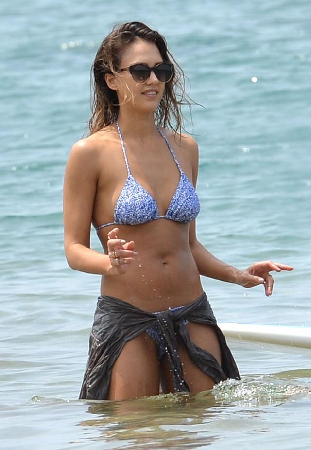 Jessica Alba Bikini Bodies Pic 22 of 35